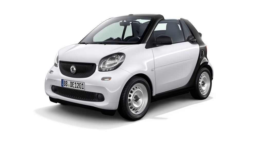 location voiture nice smart fortwo cab scoot 39 rental. Black Bedroom Furniture Sets. Home Design Ideas